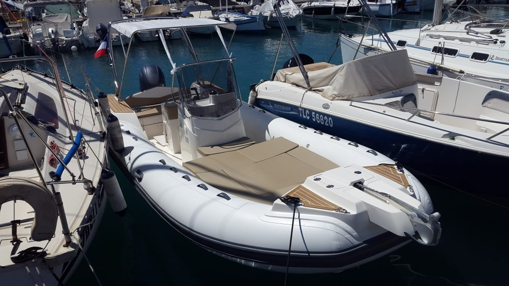Location bateau Semi rigide Capelli Tempest 700 chez Cap Horizon à Saint Laurent du Var
